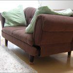 椅子足カバーを、ソファの足に取り付け!(M.K様)