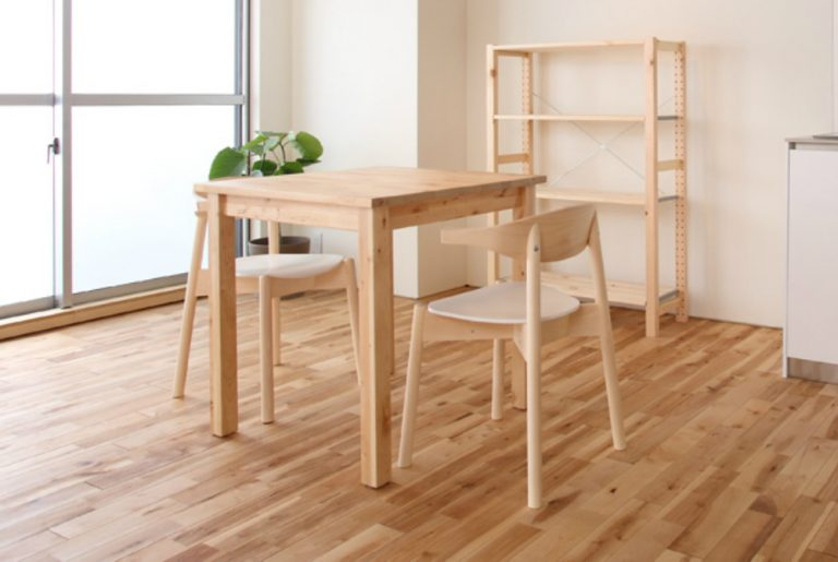 DIYでダイニングテーブルを作ってみよう!(第2回)