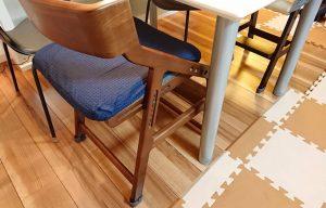 キッズチェアによる床の傷防止に必須!画期的なイス脚カバー