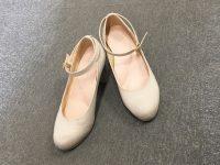 雨の日でもお気に入りの靴を汚さず履きたい!そんな希望を2ステップで叶えます