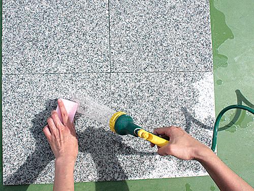石材用のコーティング剤の使い方1