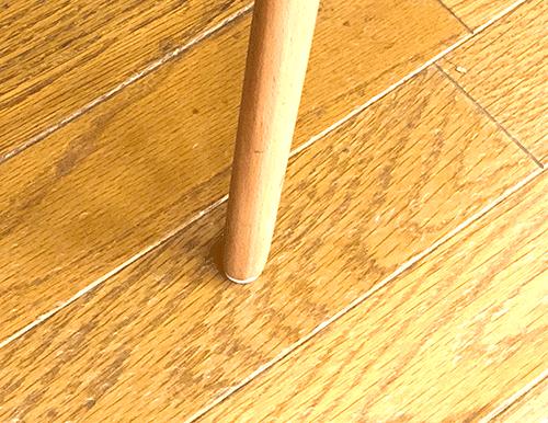 フローリング専用床のキズかくしテープ