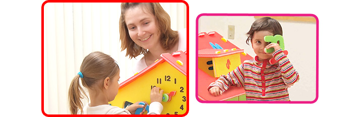 遊びながら時計とアルファベットが学べる