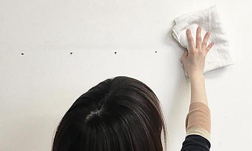 貼って剥がせる壁紙シート『デコマ』の取付け方1