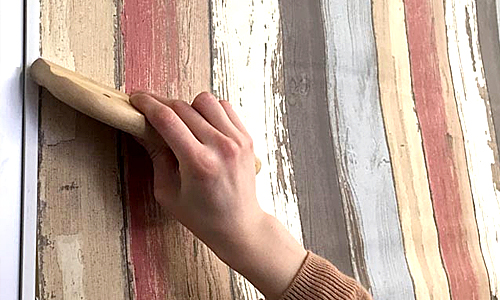 貼って剥がせる壁紙シート『デコマ』の取付け方4