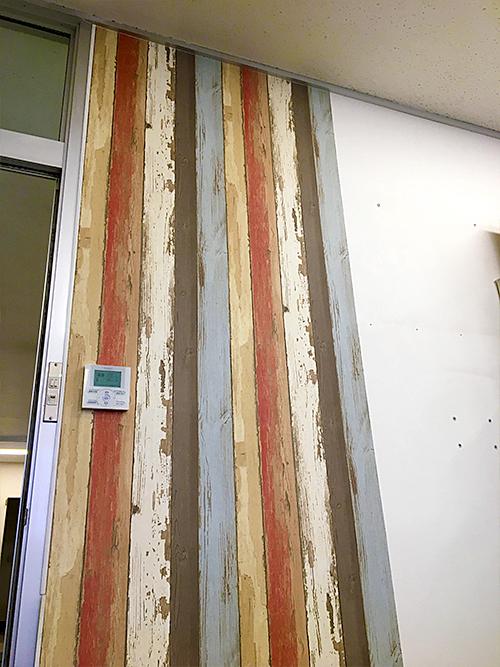 貼って剥がせる壁紙シート『デコマ』の施工アフター