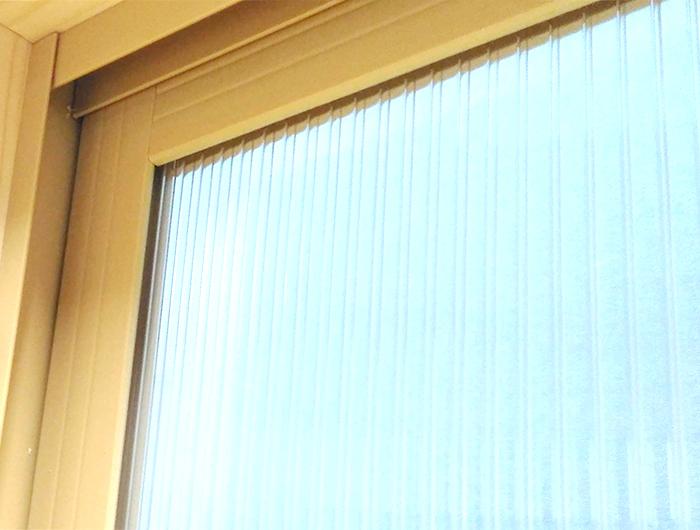 オール樹脂の内窓